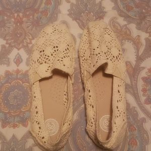 Lace slip ons shoes nwot